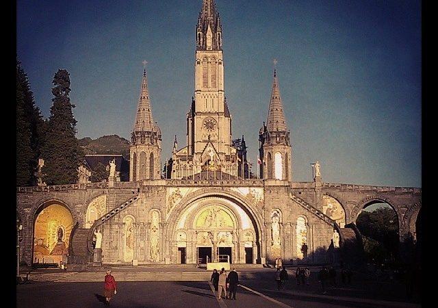 Lourdes Chiesa