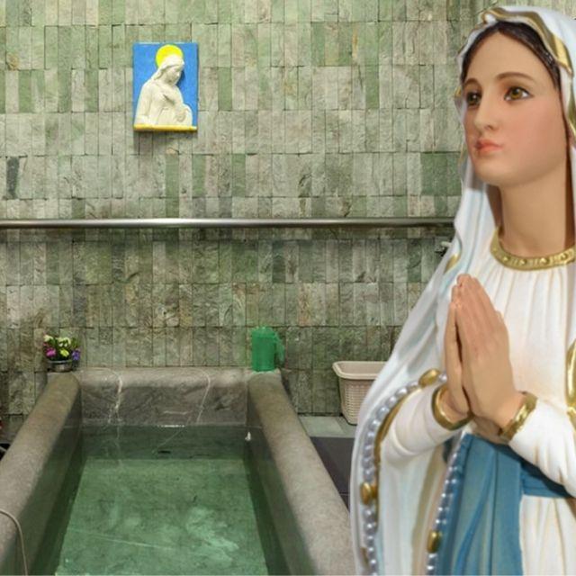 Lourdes- acqua della grotta